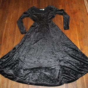 Long Velvety Wiccan Gothic Dress